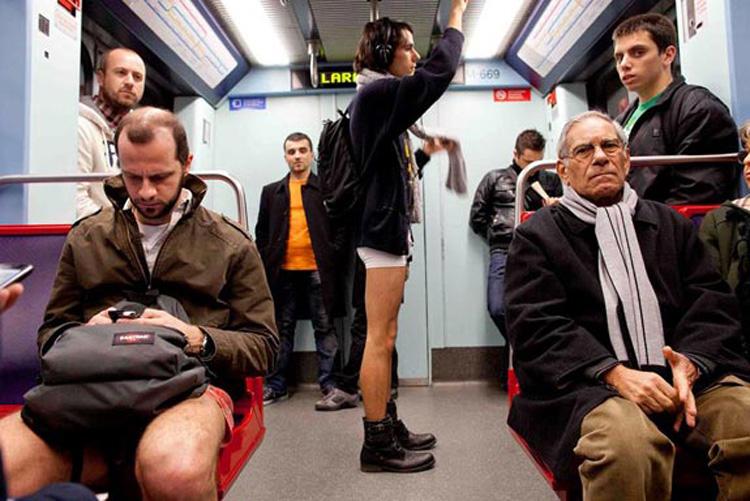 Dia sem calças no metro
