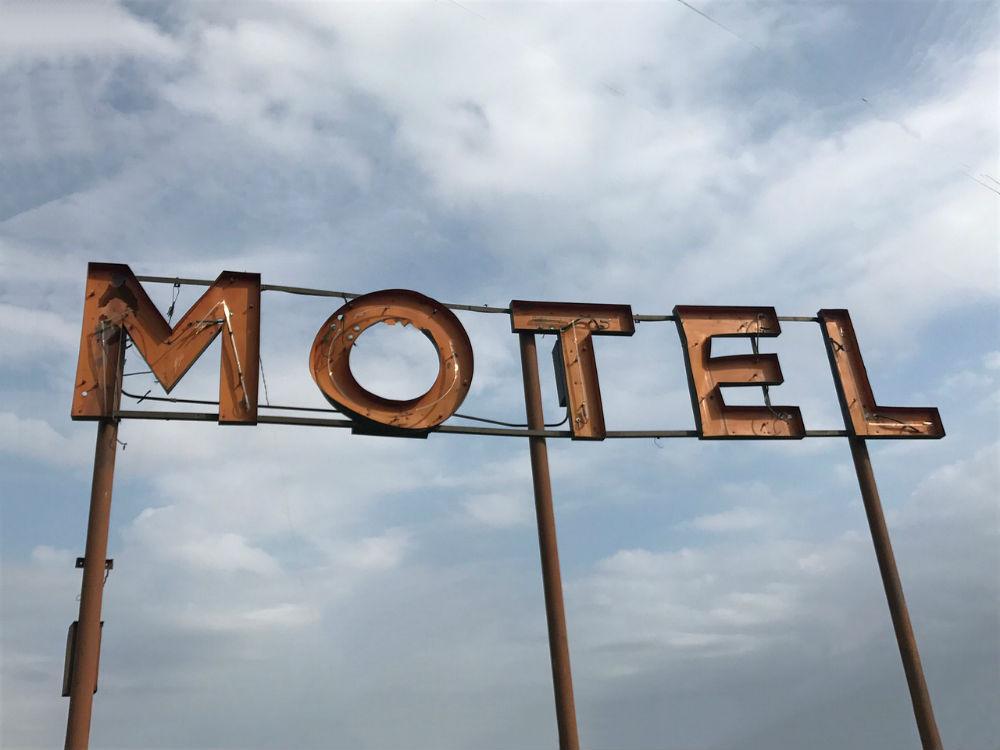 Os 7 melhores motéis Portugueses para encontros discretos